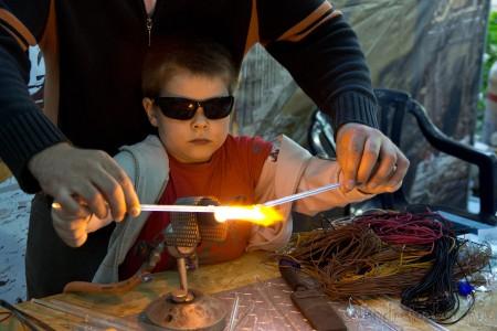 Múzeumok majálisa üvegszobrászat - Szendrei Gábor