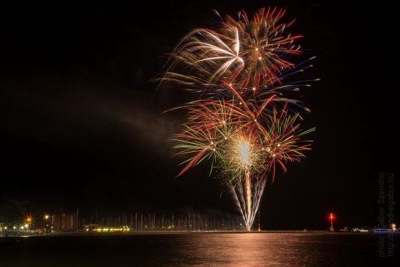 Siófoki augusztus 20-ai tűzijáték legszebb 13 fotója - fotó: Szendrei Gábor