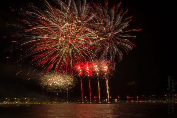 Siófoki augusztus 20-ai tűzijáték legszebb 13 fotója 2017 Balaton- fotó: Szendrei Gábor